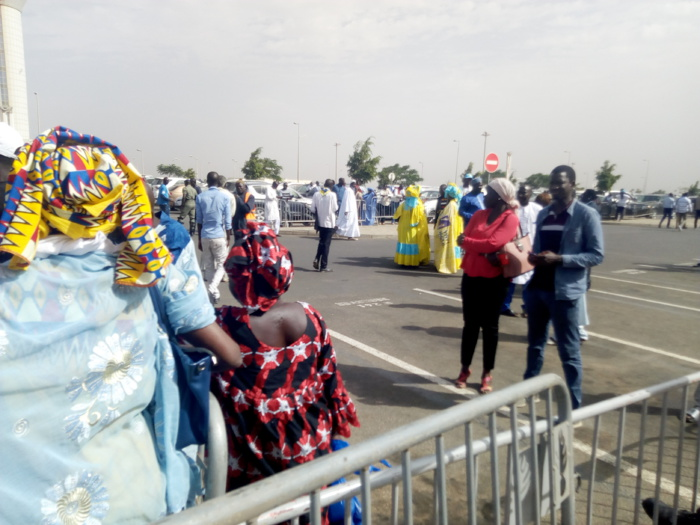 Campagne 2019 / Arrivée de Abdoulaye Wade : Accueil timide du pape du Sopi à l'Aibd