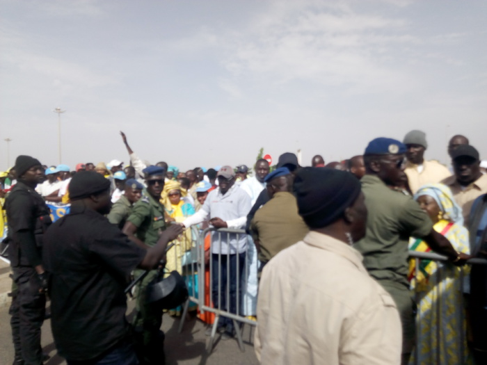 Campagne2019 / Arrivée de Abdoulaye Wade  : Accueil timide du pape du Sopi à l'Aibd
