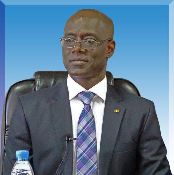 Vous permettez, Monsieur Thierno Alassane SALL...