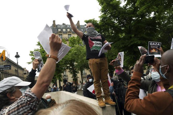 Manifestation de solidarité envers les Palestiniens, à Paris, le 12 mai 2021.